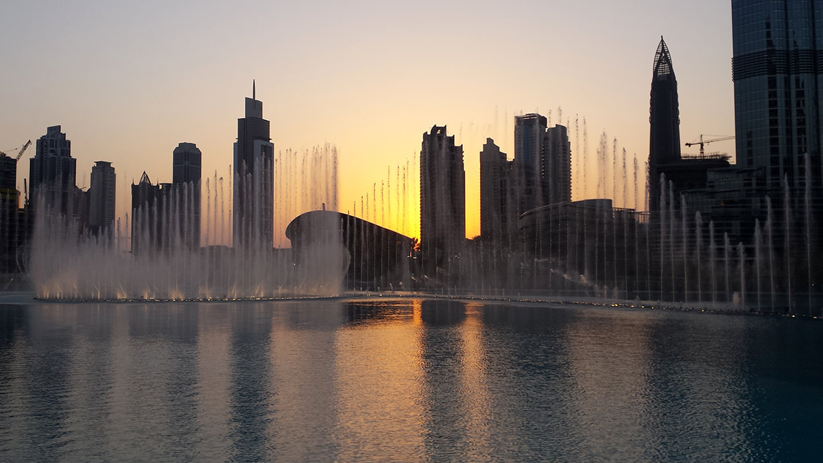 Picture of the Dubai Fountains in front of  the Burj Khalifa in Dubai